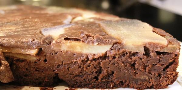 Torta al cioccolato di Modica e pere