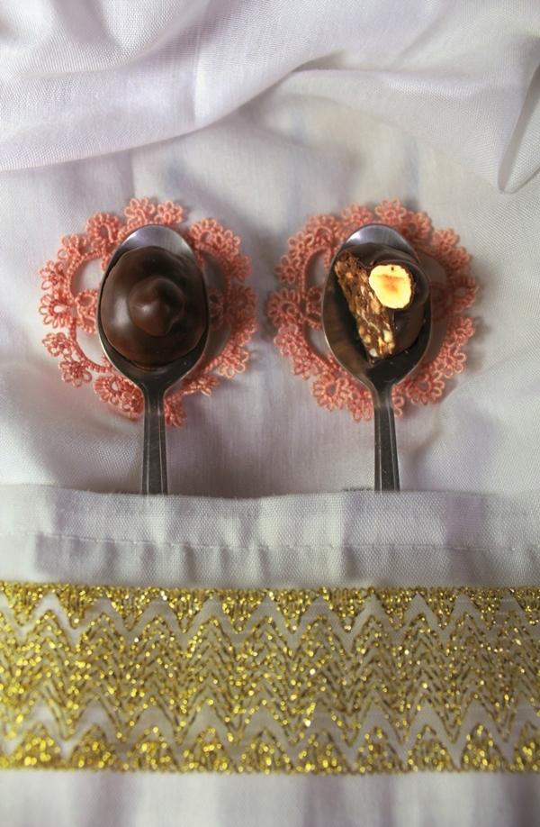 Cioccolatini con le nocciole fatti in casa_fotografia di Cristina Principale per il CALENDARIO GODOCOLDOLCE 2015
